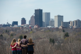 2014-04-28_students_rochester_725