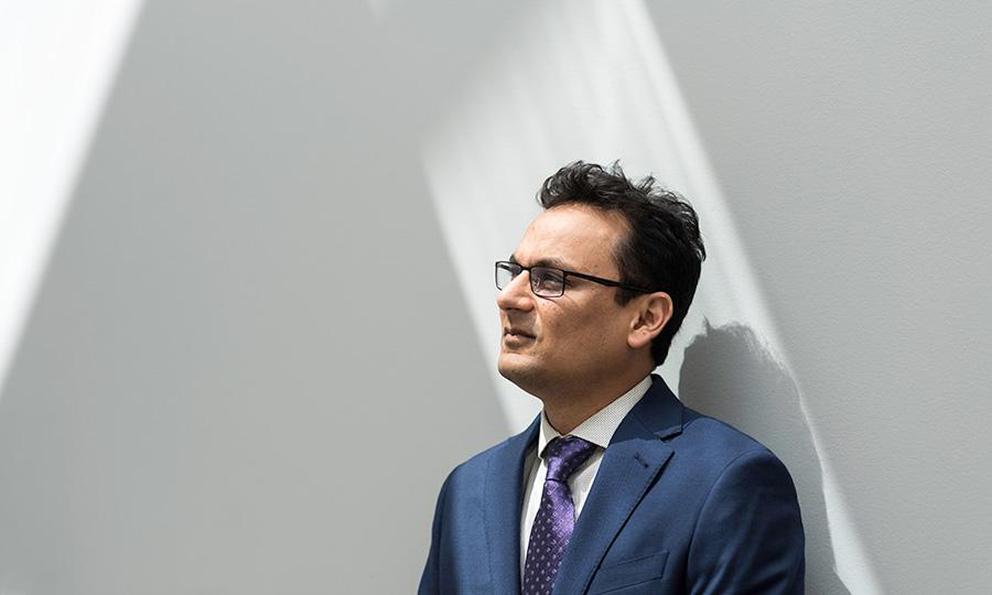 Ehsan Hoque portrait, AI researcher at University of Rochester