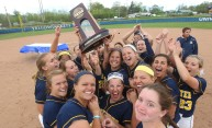Softball advances to NCAA Championships