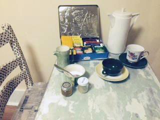 tea and table setting
