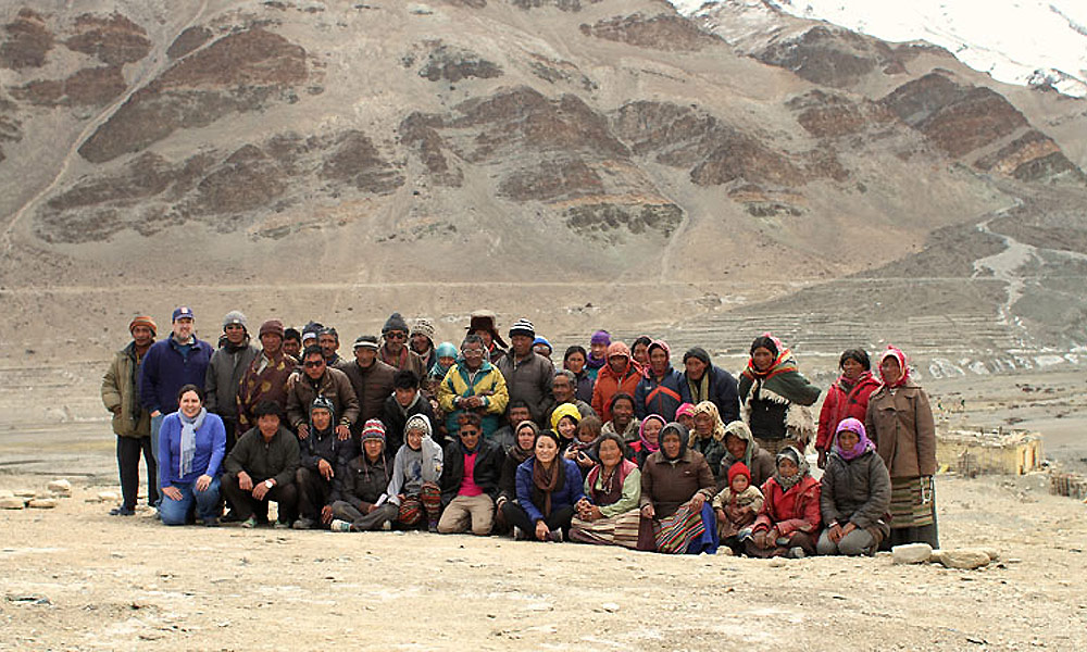 large group photo in the Himalayan mountains