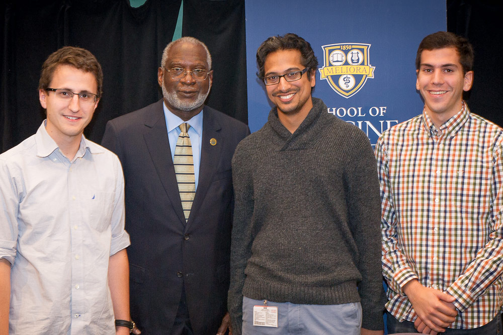 Former Surgeon General David Satcher with medical students