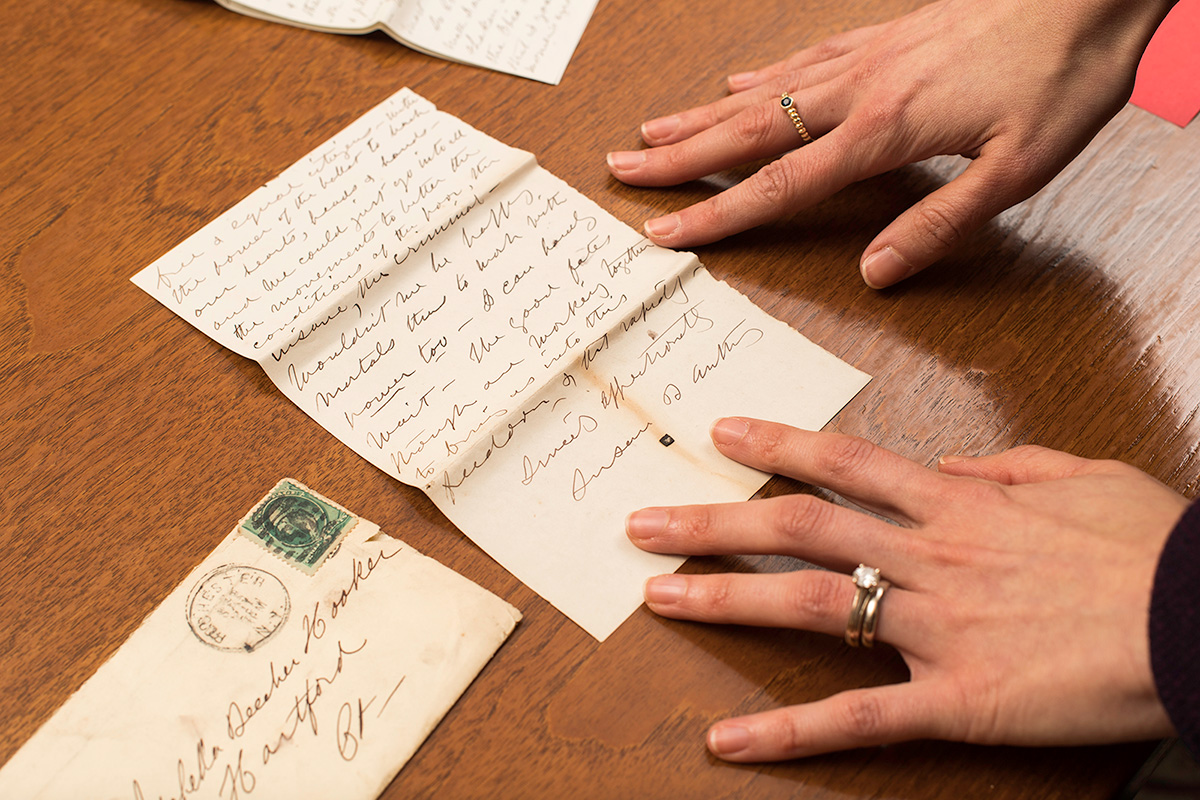I Cant Tell You How Thrilling It Was To Hold A Letter That She Had Held More Than Hundred Years Before Recalls Manuscript Dealer Adrienne Horowitz
