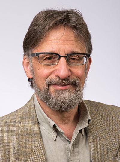 photo of Michael Tananhaus