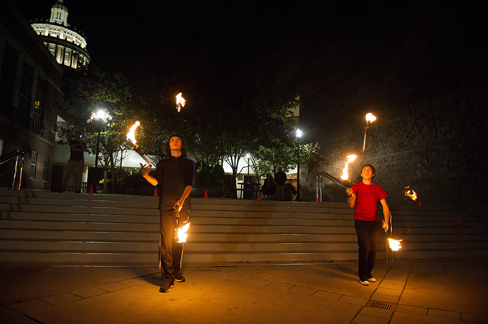 jugglers with fire
