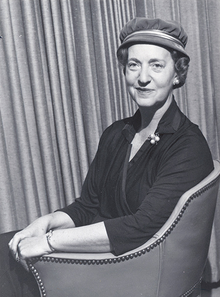 archival portrait of Vera Micheles Dean.