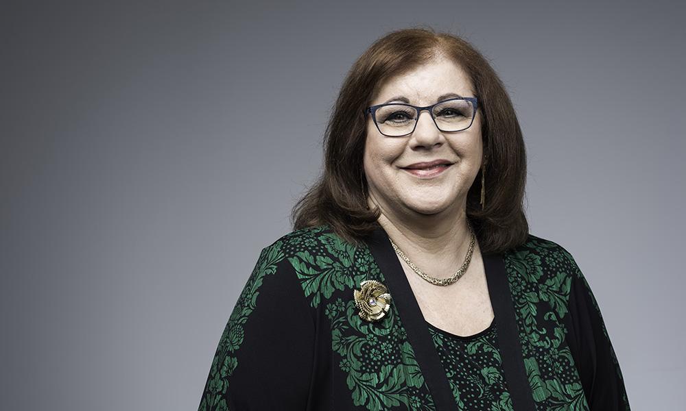 Portrait of Debe Andreacchi-Roth