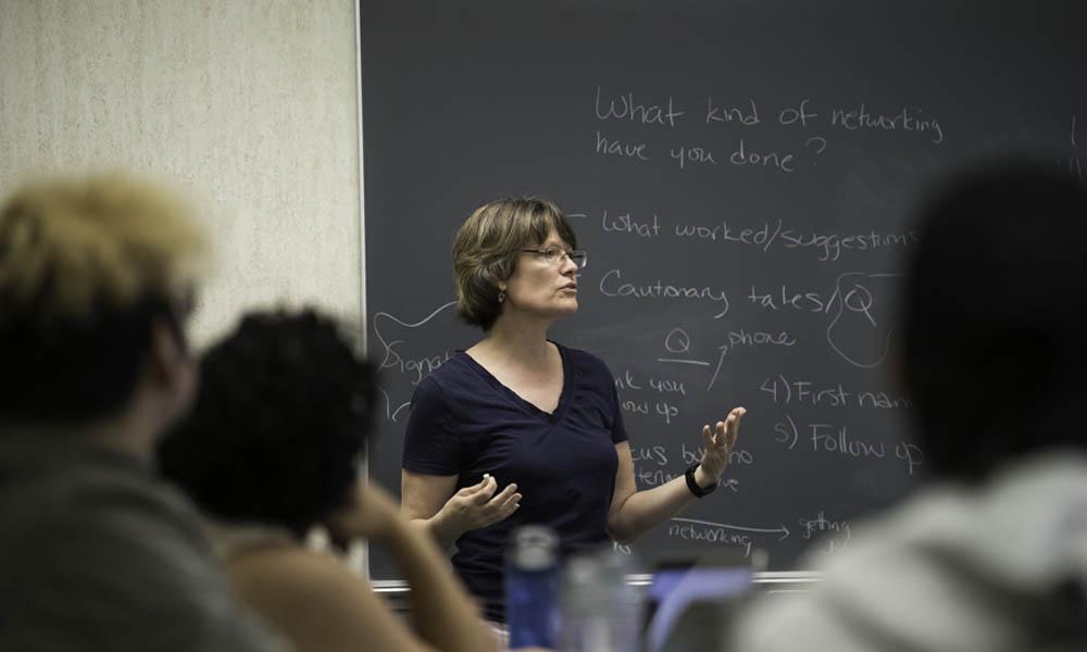 Katherine Schaefer teaches a writing class.