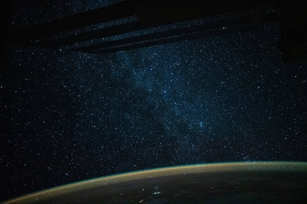 image of milky way from the international space station
