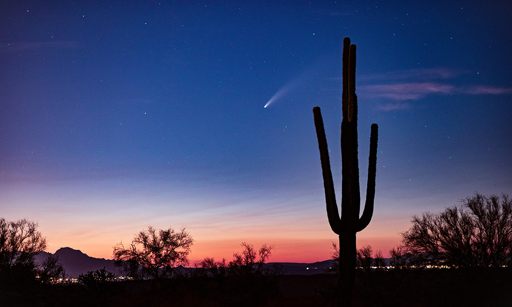 Comet Neowise in sky over Arizona