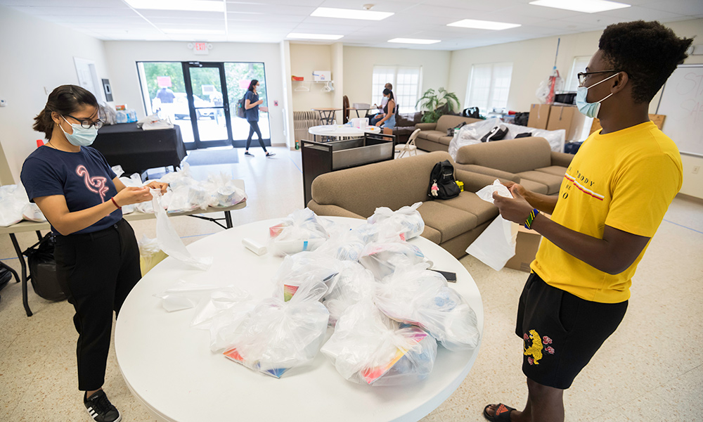 student employees help with COVID-19 quarantine