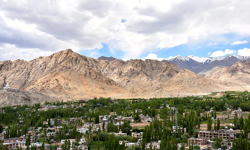 Himalayas climate change environmental history