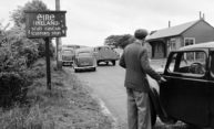 Cars stopped at Northern Ireland border in 1950.